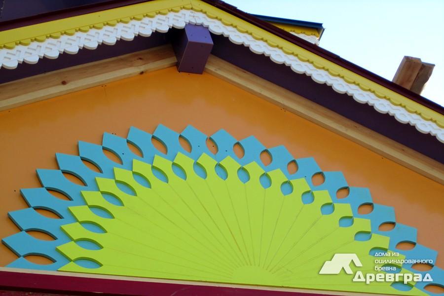 Фото дома из оцилиндрованного бруса